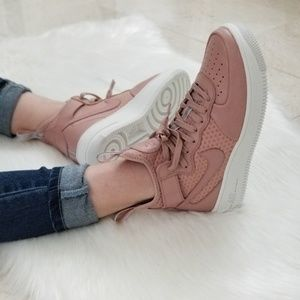 Nike Air Force 1 UltraForce Mid Women's Shoes